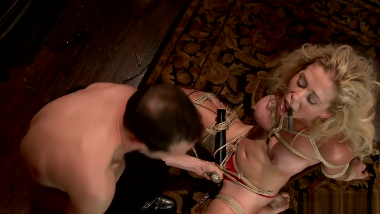Big ass Milf rough BDSM fucked